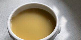 Je kan werkelijk overal soep van maken. Zelfs van een schotel van groene linzen. (Foto Erik van Huizen)