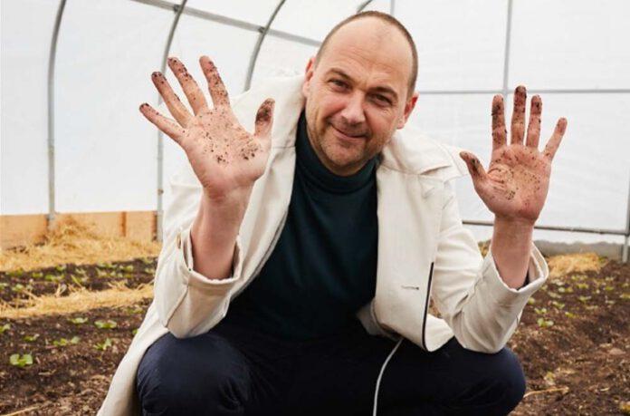 Daniel Humm is na zijn besluit volledig vegan te gaan geobsedeerd door het maken van de meest smaakvolle groentebouillon. (Foto Daniel Humm)